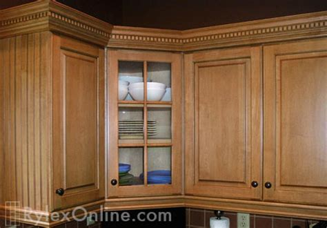 kitchen cabinets w crown moulding ron peters custom kitchen cabinet trim