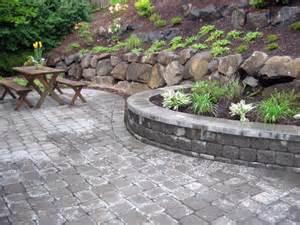 ideas river rock patio