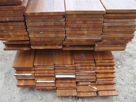 reclaimed wood vs new wood understanding reclaimed wood how the salvaging process