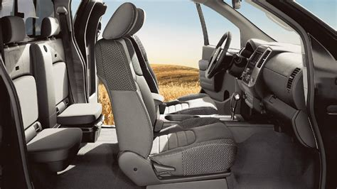 nissan xterra seating capacity 2017 nissan frontier cargo capacity and passenger space