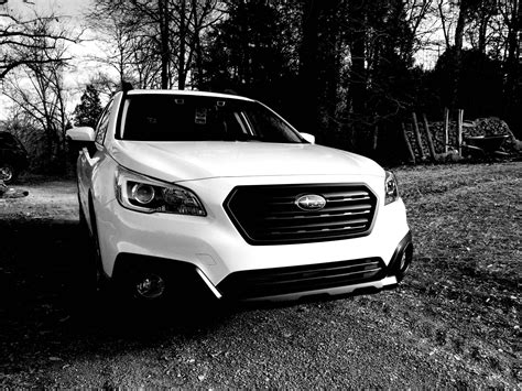 subaru outback 2018 white 100 grey subaru outback 2018 blacked out outback