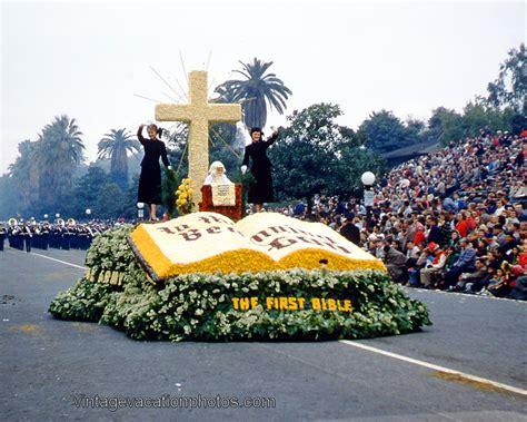 christmas themes bible 1957 rose parade bible float 1957 rose parade
