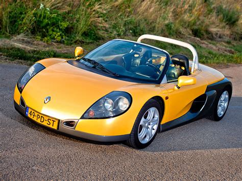 renault sport spider why the renault sport spider is a 90s car