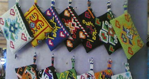 Kemeja Batik Prada Khas Pekalongan 100 gambar alamat toko baju batik di bali dengan shopping