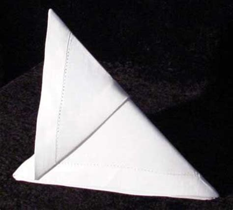 Cloth Napkin Origami - 17 best images about fancy napkin folds on