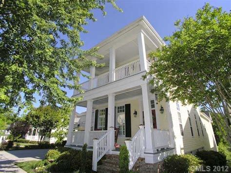 charleston style homes 26 best images about charleston style exteriors on white porch architecture and home