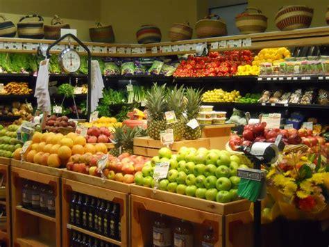 Toko Biah live beautifully where i shop for organic produce