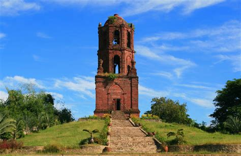 theme for candon church bantay bell tower a photo from ilocos sur ilocos trekearth