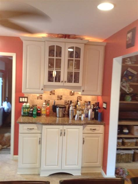 kraftmaid canvas painted cabinets with quartz countertop
