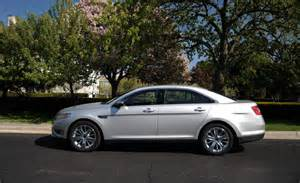 2010 ford taurus limited photo