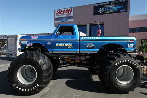 biggest bigfoot monster truck big foot 4x4 monster truck 2 madwhips