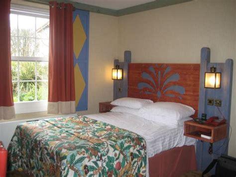 age to rent hotel room splash landings hotel alton hotel reviews tripadvisor