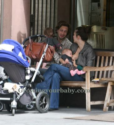 Maggie Gyllenhaal Breast Feeds For The Paparrazzi by Maggie Gyllenhaal In Nyc