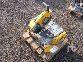 dewalt saw bench dewalt d 65510 bench saw construction equipment from