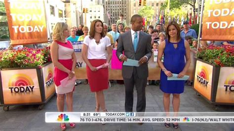 dylan dreyer in jeans dylan dreyer jenna wolfe erica hill 8 11 13 youtube