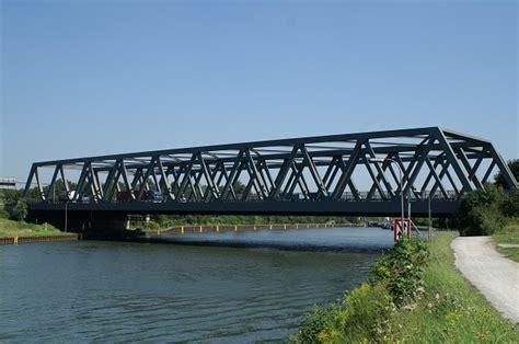 les ponts en treillis pont de l a 3 sur le canal rhin herne oberhausen 1976
