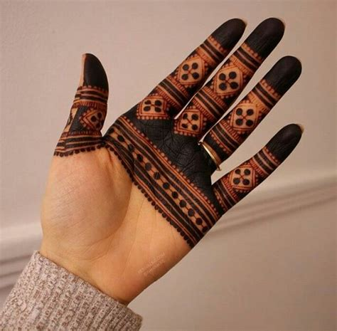 20 handpicked finger mehndi designs with unique and