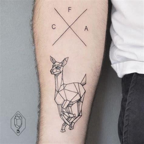 tattoo london writing 13 tatuagens minimalistas para quem procura simplicidade e