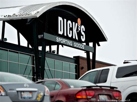 sporting goods orland exclusive 2 new dick s sporting goods stores headed to c