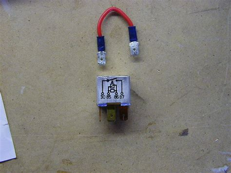 jumping  fuel pump relay