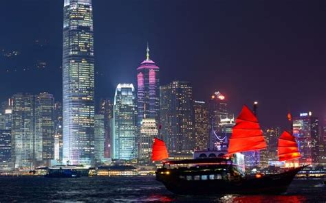 hong kong light cruise harbour lights and yue mun seafood dinner cruise