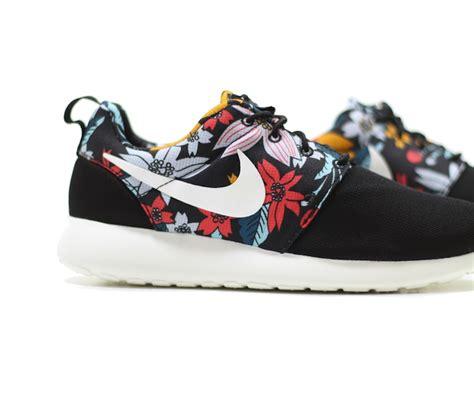 flower pattern roshe nike roshe run print hawaiian floral sneaker bar detroit