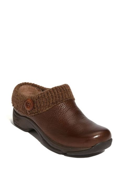 cheap nursing clogs for 68 best cheap dansko professional clogs images on