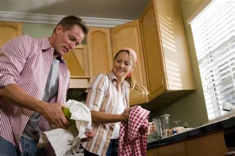 How To Get Rid Of Cupboard Smell - how to get rid of an musty smell in kitchen cabinets