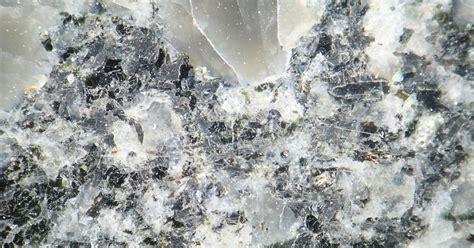 Quartz Composite Countertops Vs Granite by Compare Countertops Granite Vs Silestone Ehow Uk