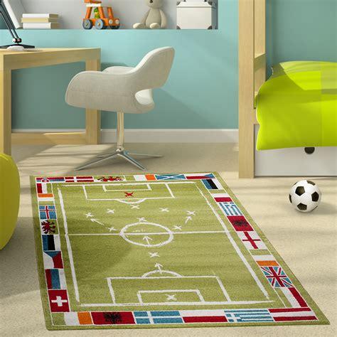teppiche jungen kinderteppich modern kinderzimmer teppich fu 223 ballplatz f 252 r