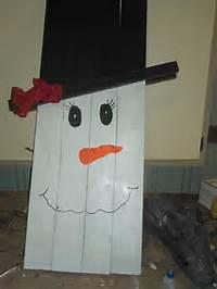Wood Pallet Snowman Craft