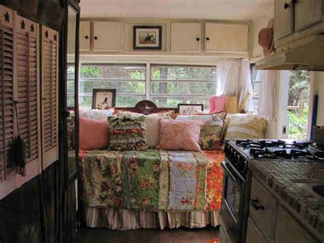 Vintage Travel Trailer Interior Pictures by Vintage Travel Trailer Interior Cers Airstream