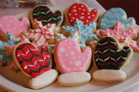 mitten sugar cookies tutorial holly bakes