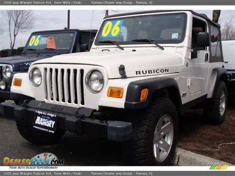 Jeep Tj 4x4 2006 Jeep Wrangler Rubicon 4x4 White Khaki Photo