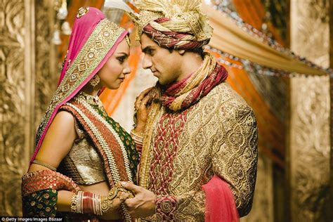 Different Wedding Pictures by Beautiful Pictures Show How Traditional Weddings Look