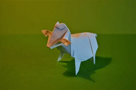 Sheep Origami - pin origami sheep on