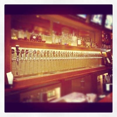 american tap room arlington va american tap room american traditional clarendon arlington va yelp