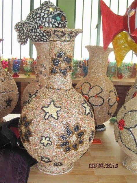 como decorar jarrones hechos con globos jarrones hechos con papel mache imagui