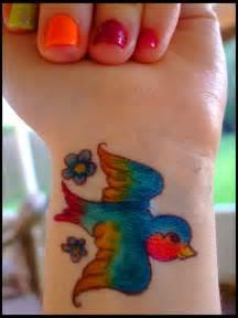 colorful bird tattoos colorful bird sharpie by dablurart on deviantart