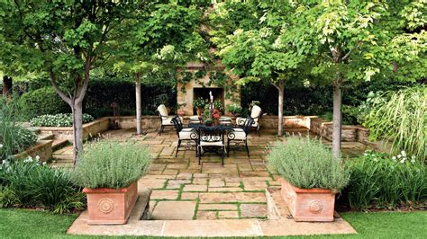 backyard designs step   oasis southern living