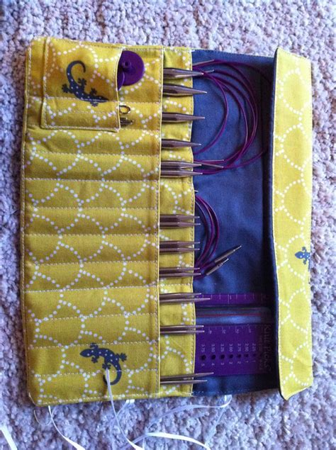 knitting needle roll tutorial knitting needle and crochet hook rolls sewing projects