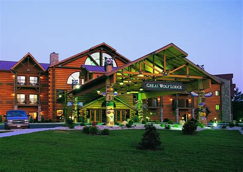 great wolf lodge wisconsin dells rooms great wolf lodge wisconsin dells wi booking