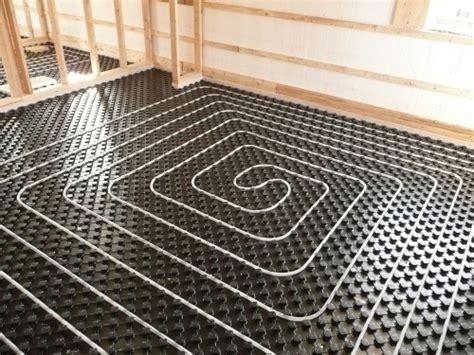 vantaggi riscaldamento a pavimento impianto di riscaldamento a pavimento come funziona