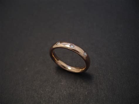 Handcrafted Gold Jewellery - handmade gold ring diamonds christopher william