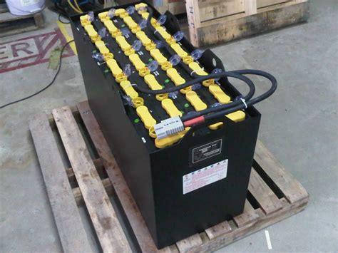 Baterai Forklift jual dealer gs yuasa battery forklift jakarta harga murah