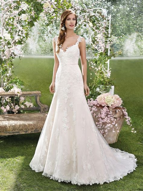Fara Sposa Wedding Dresses 2016 Gorgeous Lace Details
