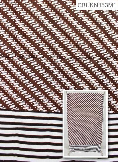 Kain Tumpal by Kain Gendongan Bayi Batik Motif Tumpal Salur Kain Batik