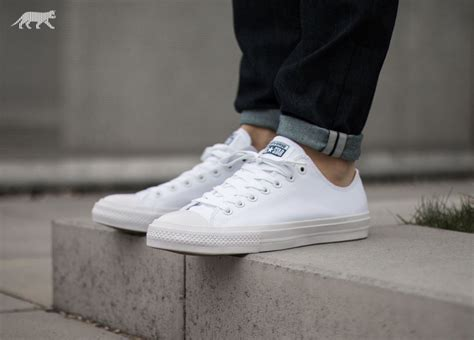 Converse All High Chuck Ii White converse chuck all ii ox white white navy asphaltgold