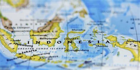 Khazanah Tafsir Indonesia Dari Hermeneutika Hingga Ideologi fiqih kebhinekaan membangun persatuan dan kesatuan liputan islam