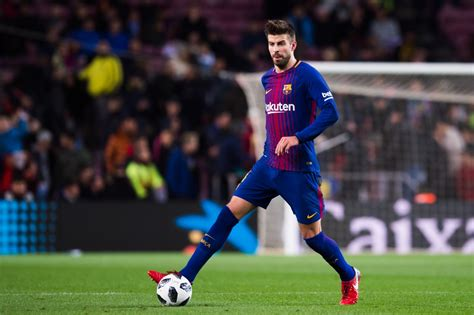 ousmane dembele knee injury barcelona boss provides injury updates on gerard pique and